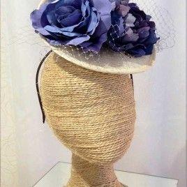 Tocado para bodas flores azules